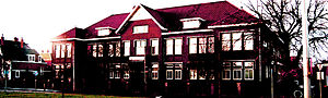 English: Voorkant schoolgebouw uit 1925