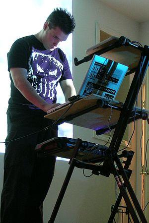 Iszoloscope live in Lowell, MA. Photo by Jairu...