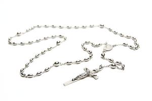 English: A sterling silver Catholic rosary. Fr...