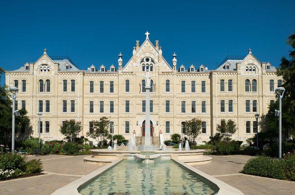 St. Mary's University, Texas - Wikipedia