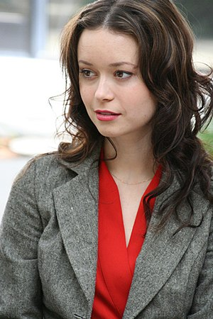 Summer Glau (2005 Serenity Flanvention)