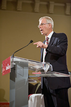 English: Stephane Dion addresses a standing-ro...