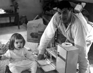 English: Father and daughter with early Easy B...