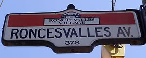 English: A street sign for Roncesvalles Avenue...