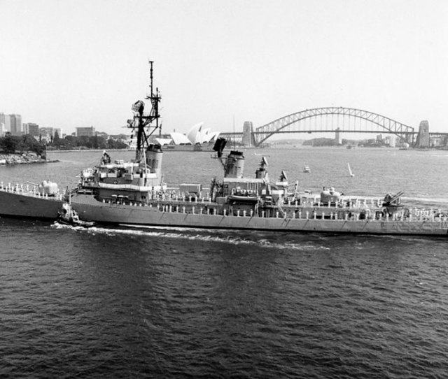 Fileuss Buchanan Ddg 14 Visiting Sydney C1985 Jpg