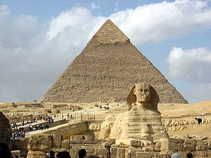 English: Great Sphinx of Giza and the pyramid ...