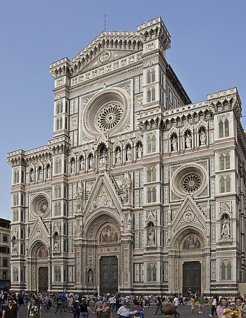 The façade of Santa Maria del Fiore, the Flore...