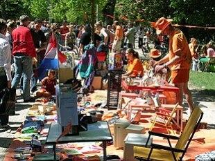 30. April 2007:vrijmarktim Amsterdamer Vondelpark