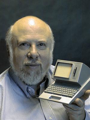 Deutsch: Jef Raskin mit einem Modell der Canon...