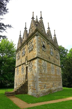 Rushton Triangular Lodge  Wikipedia
