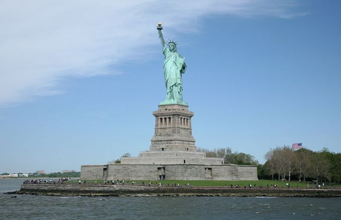 File:Statue of Liberty approach.jpg