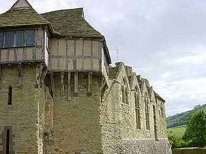 English: Stokesay Castle. Looking south