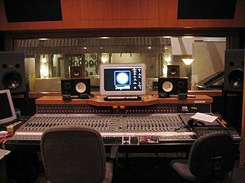 English: Studio A control room at SugarHill Re...