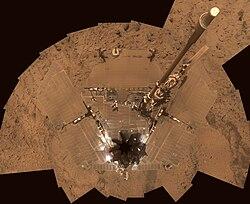 Mars Spirit rover's solar panels covered with Dust - October 2007.jpg