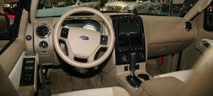 File:Ford Explorer XLT interiorjpg  Wikipedia