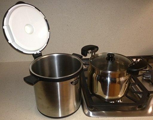Vacuum Flask cooker Open