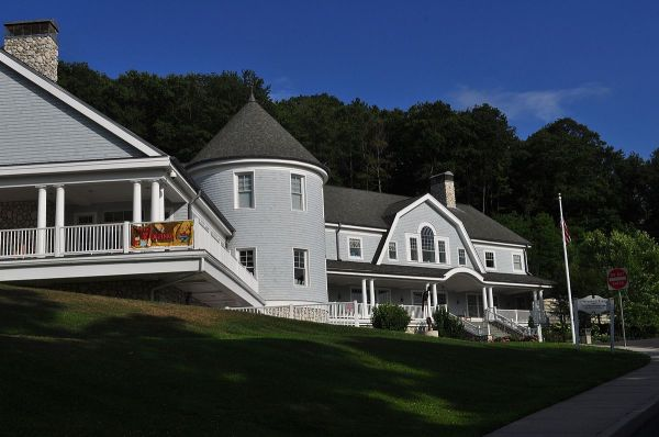 Cold Spring Harbor Library - Wikipedia