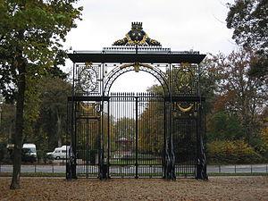 Paris door, Reims, France