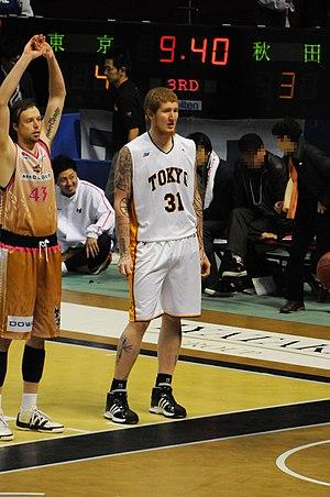 日本語: 東京アパッチ、ロバート・スウィフト選手。秋田市立体育館で。