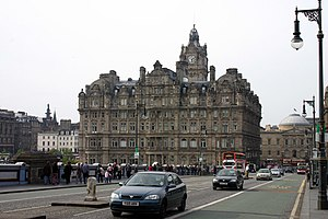 English: The Balmoral Hotel Situated at the so...