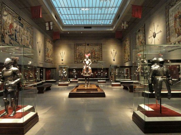 Armor room - Cleveland Museum of Art - DSC08980
