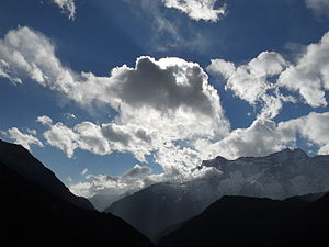 English: Cloud in nepali sky