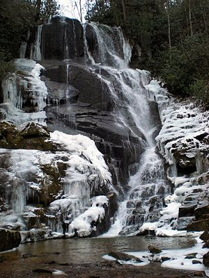 English: Eastatoe Falls, North Carolina. On PR...