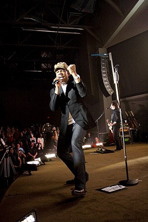 English: Michael Tait performing with the News...