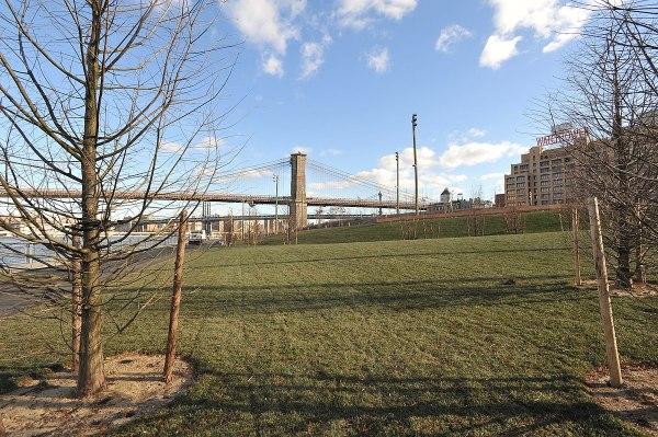 Brooklyn Bridge Park – Wikipedia