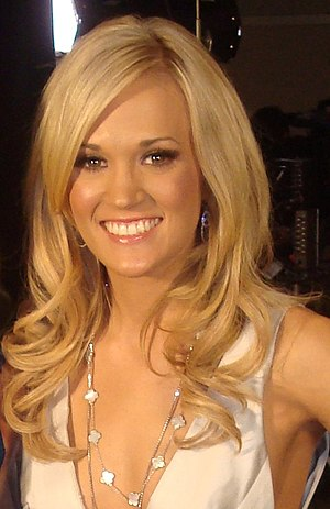 English: Carrie Underwood at the 2010 Academy ...