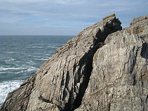 English: Cleft in the rock known as High Place...