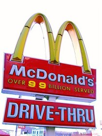 English: McDonalds' sign in Harlem.