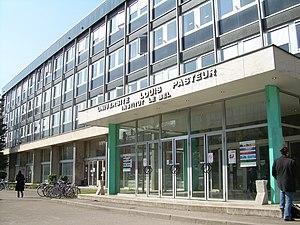 Entrée du bâtiment de l'Institut Le Bel, à l'U...