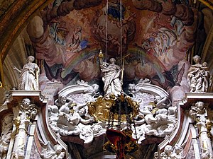 Techo del altar de la catedral de Toledo.