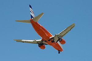 Boeing 737-522 - Smart Wings - OK-SWU - LEMD -...