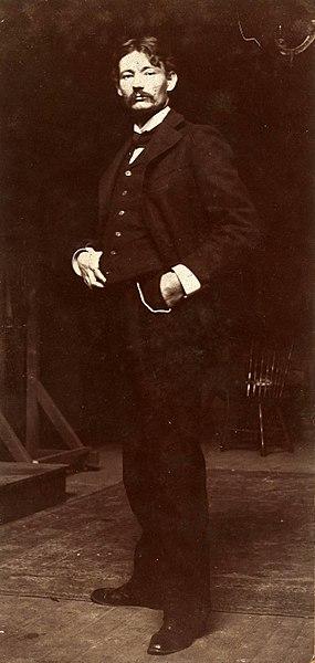 File:Robert Henri 1897.jpg