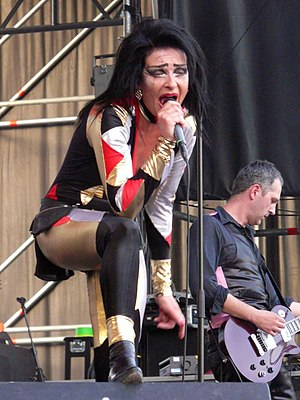 English: Siouxsie at the Saturday Night FIBer ...