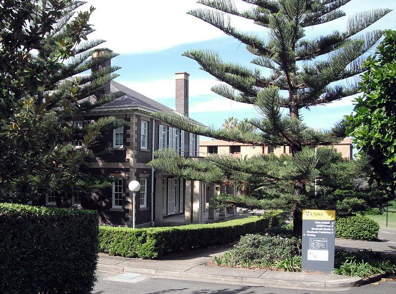 external image 800px-Cliffbrook_House_Beach_Road_Coogee_NSW.jpg