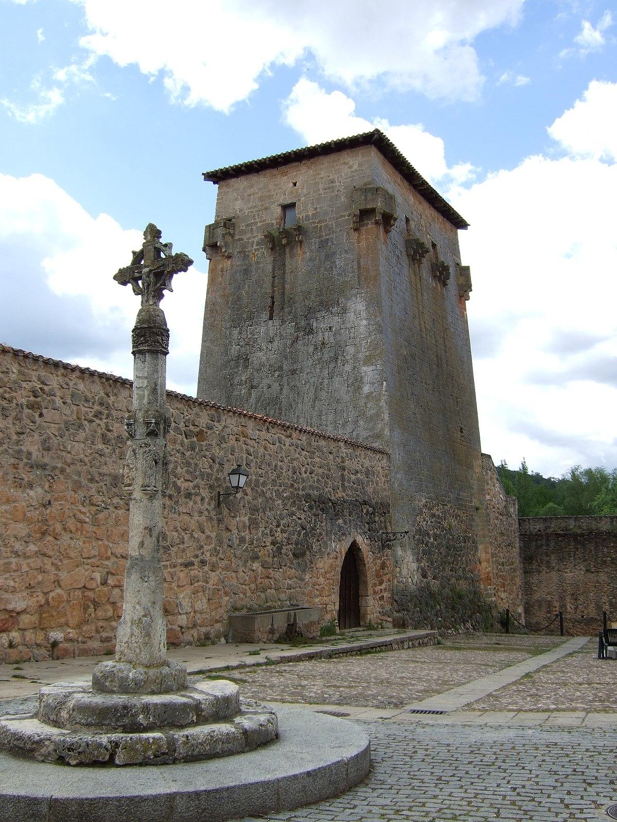Torre De Covarrubias Wikipedia La Enciclopedia Libre