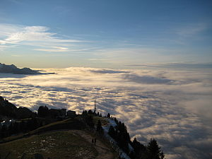 English: Sea of fog seen from Mount Rigi, Swit...