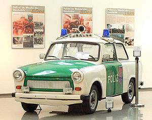 Deutsch: Trabant als Polizeifahrzeug in Polize...