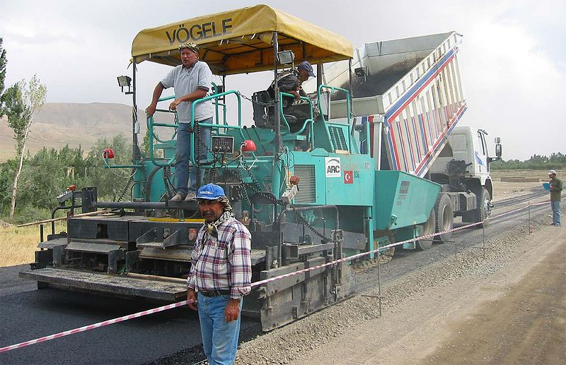 File:AF-asphalt-laying-machine.jpg