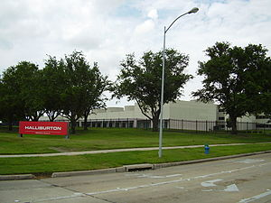 English: Halliburton offices on Bellaire Boule...