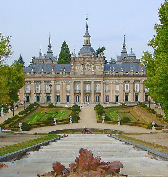 Archivo:La Granja Palacio.jpg
