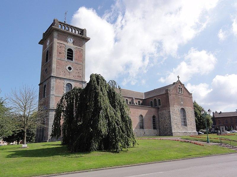 Fichier: Prisches (Nord, Fr) Église Saint-Nicolas, vue latérale.jpg