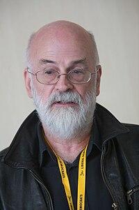 Terry Pratchett, September 2009 1.jpg
