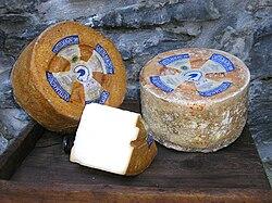 Castelmagno (formaggio)