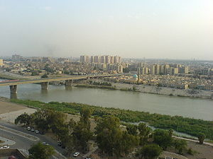 Phố Haifa nhìn qua sông Tigres