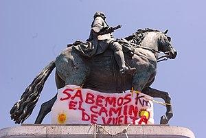 Español: Domingo 12 de junio. El movimiento 15...