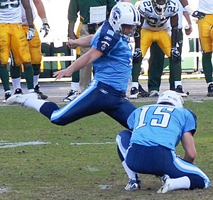Tennessee Titans kicker Rob Bironas in action ...